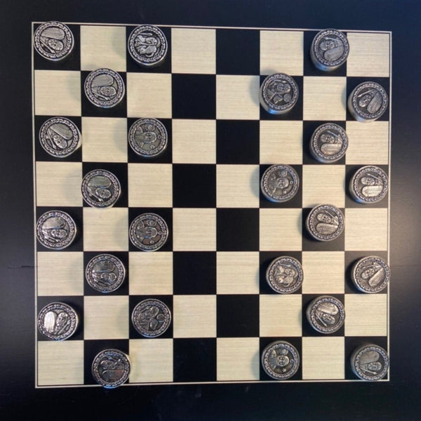 draughts_board_game MADE WITH CELTIC WORRIORS FROM THE BRIAN BORU ERA.