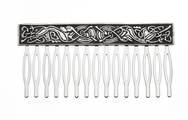 KELLS HAIR COMB MADE OF PEWTER METAL WITH SILVER FINISHED CELTIC DESIGN. ÉTAIN PELTRO HARTZINN
