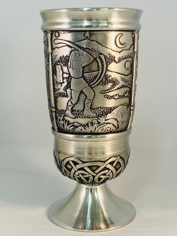 HOUND OF CULAINN GOBLET MADE WITH PEWTER METAL IN SOFT SILVER FINISH. ÉTAIN PELTRO HARTZINN