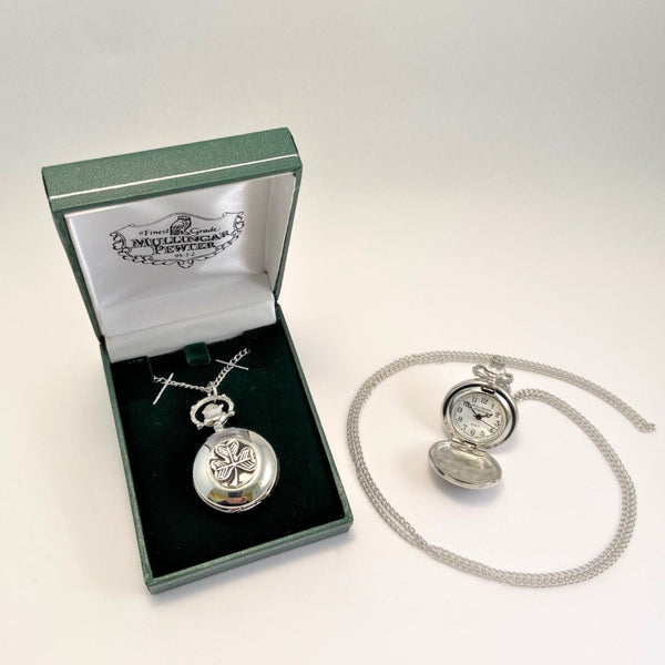 LADIES PENDENT WATCH WITH SHAMROCK DESIGN. THE DESIGN IS THE MOST FAMOUS OF ALL IRISH DESIGNS AND THE BEST KNOWN IRISH SYMBOL WORLDWIDE. THE WATCH COMES IN A GREEN PENDENT BOX , IDEAL AS A GIFT.