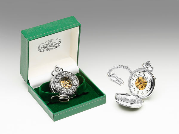 GENTS MECHANICAL POCKET WATCH WITH PEWTER METAL CELTIC DESIGN IN SILVER FINISH. ÉTAIN PELTRO HARTZINN