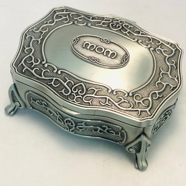 LARGE JEWELLERY BOX WITH MOM ON THE LID FOR THAT SPECIAL PERSON IN YOUR LIFE. BOX IS 5