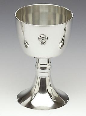 8 INCH HIGH CHALICE, BOTH PLAIN OR WITH CROSS MADE OF PEWTER METAL WITH SILVER SHEEN FINISH. ÉTAIN HARTZINN PELTRO PÉATAR IRELAND