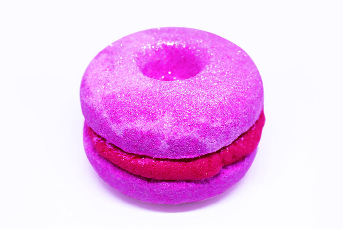 New Year's Kiss - Donut