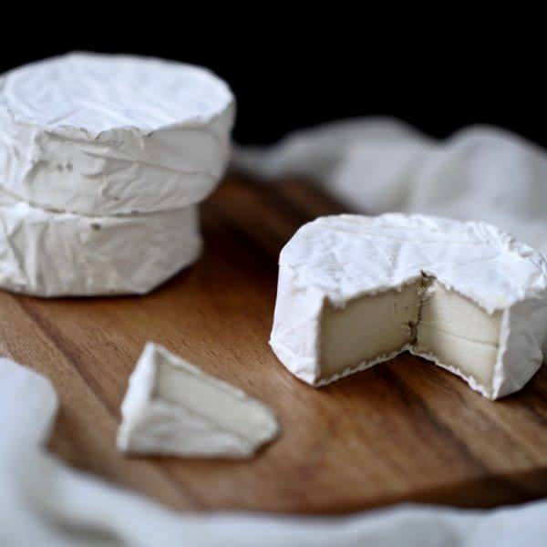 New Roots Soft Camembert 112g - Shipping From Just £2.99 Or FREE When You Spend £60 Or More