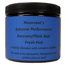 Reuwsaat's Fresh Fish Raccoon/Mink Bait-Pint