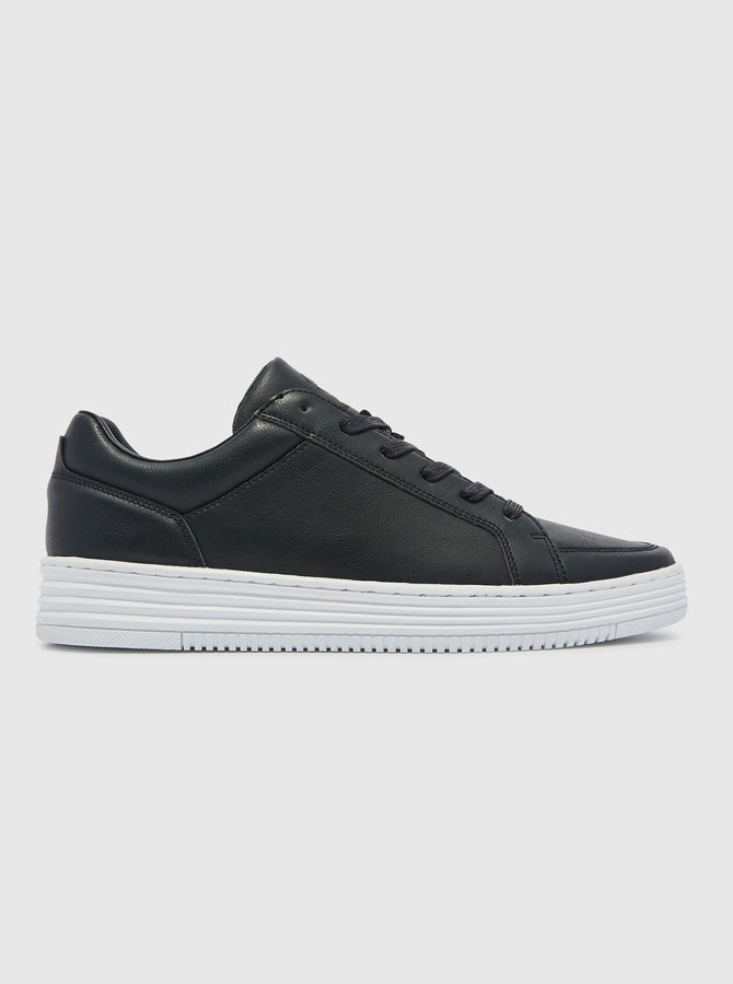 Armie Mens Trainer Black/White