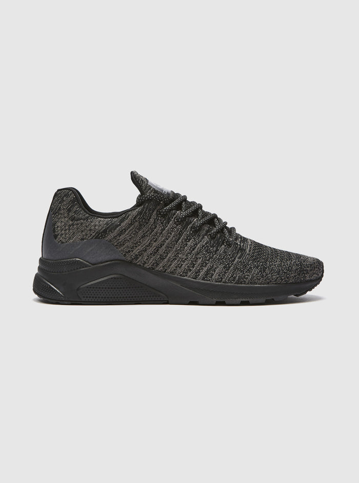 CT 550 Mens Runner Black
