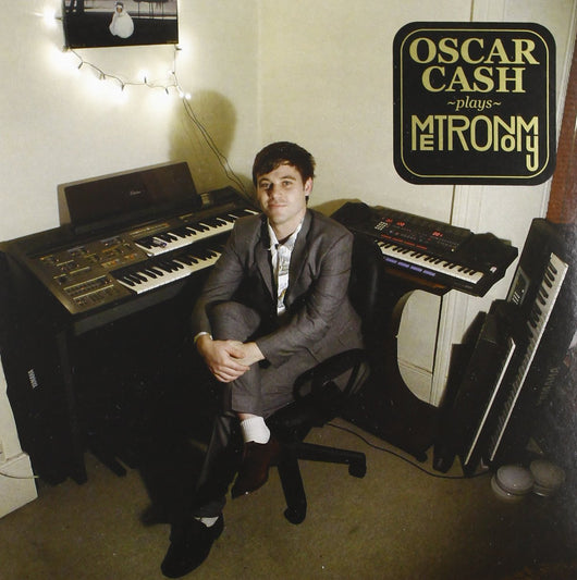 Oscar Cash Plays Metronomy 2012 7