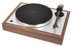 Pro-Ject The Classic DC Turntable Walnut With 2M Silver Cartridge
