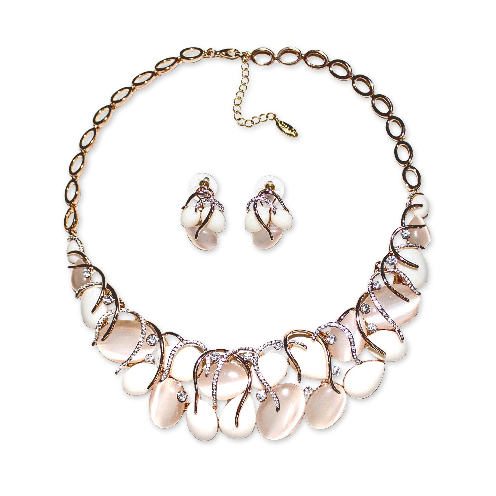 Aema Necklace Set