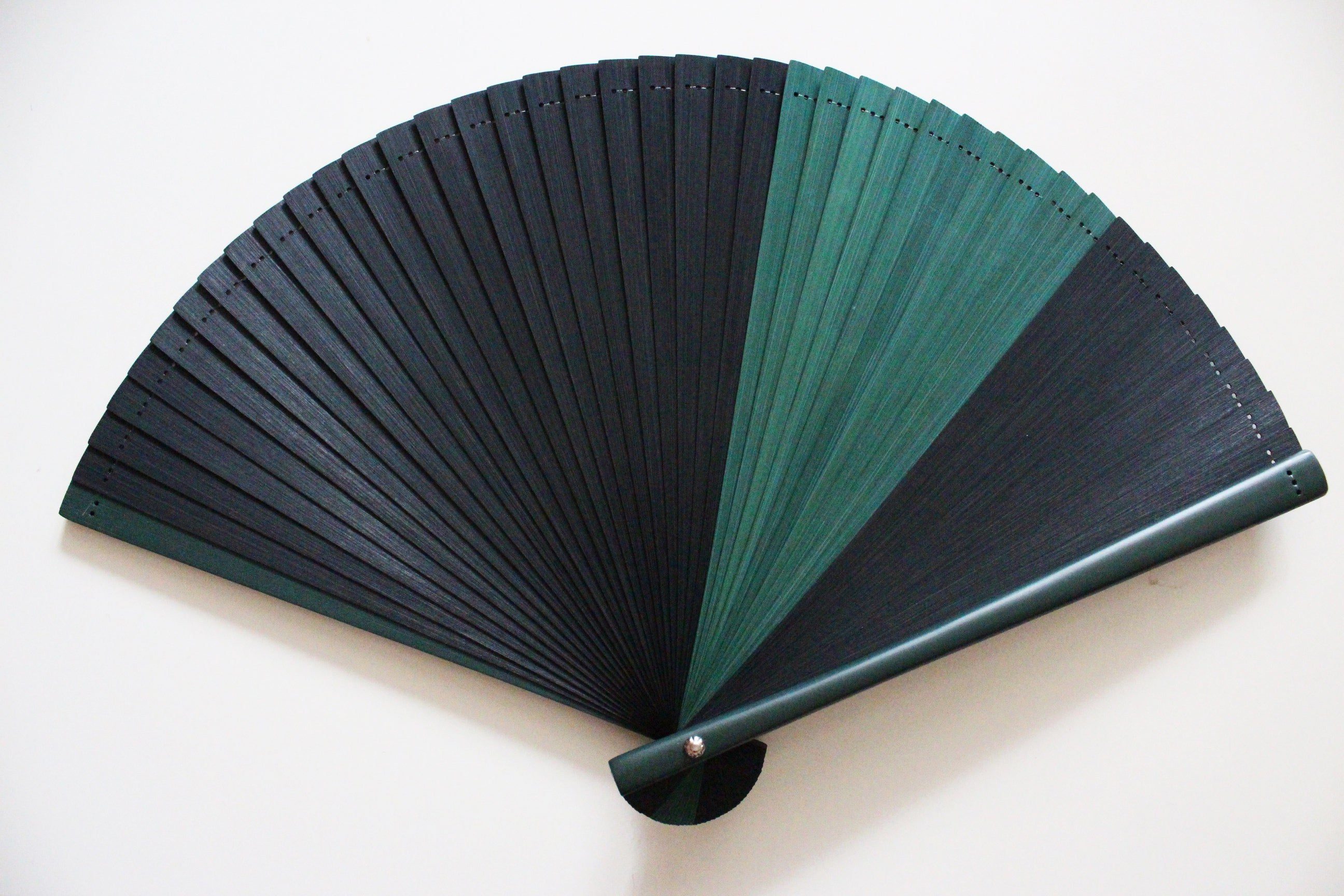 Black and Green Chrysanthemum Bamboo Fan
