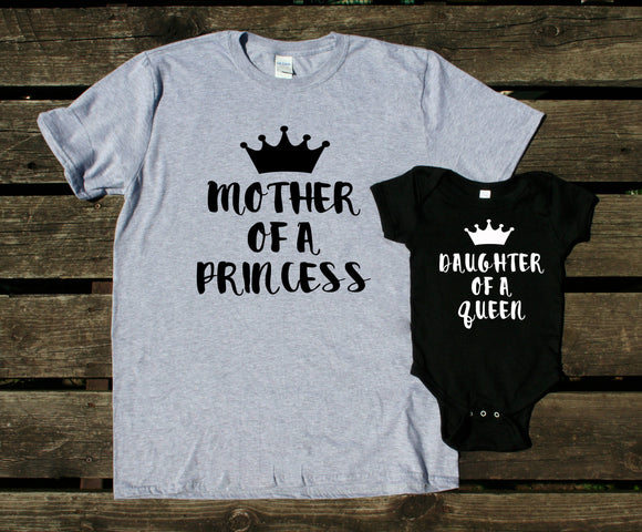 Mom and Baby Daughter Shirts Mother Of A Princess Daughter Of A Queen Matching Outfits Girl Kids Clothing