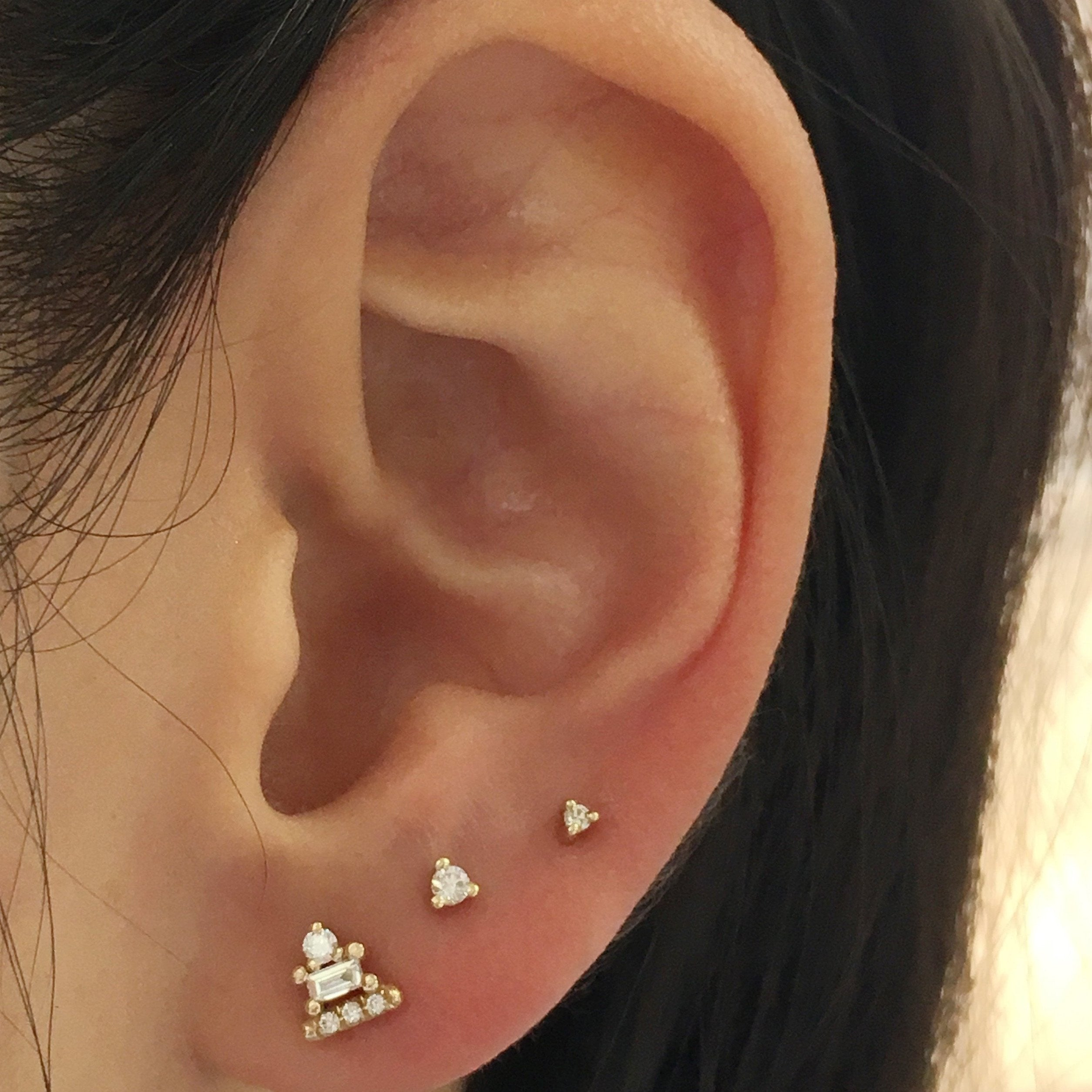 1.5MM DIAMOND DOT STUD (SINGLE)