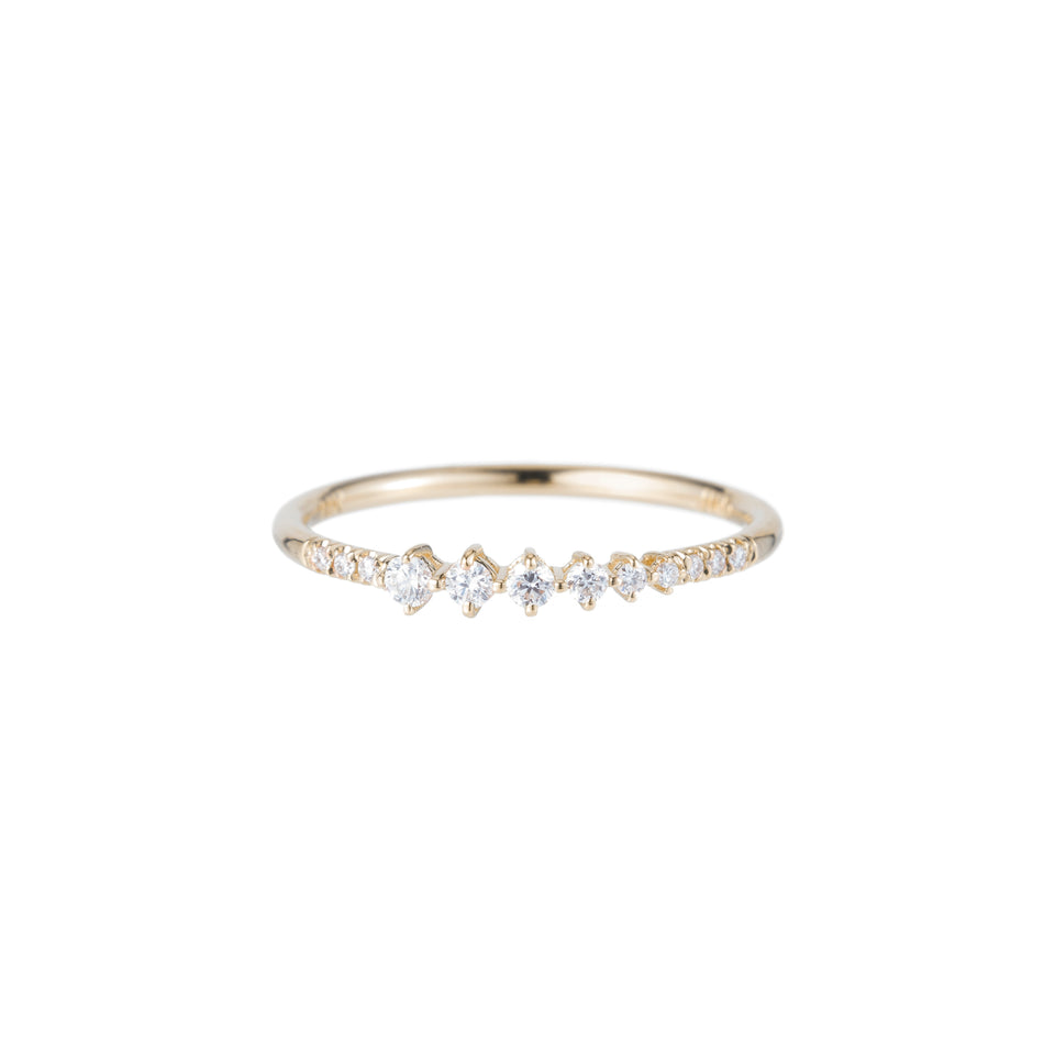 Diamond Dim Equilibrium Ring