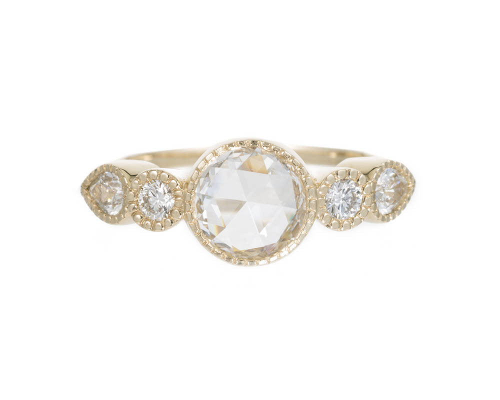 DIAMOND ROUND PEAR ELEVATE RING