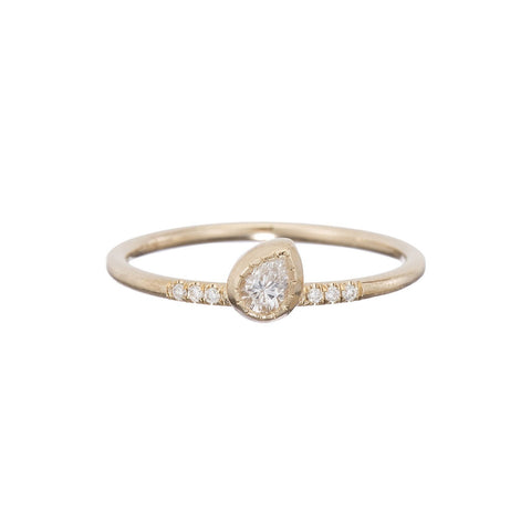 DIAMOND TILT RING