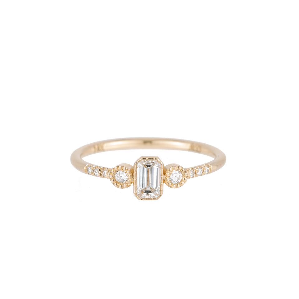 EMERALD CUT DIAMOND NOCTURNE RING