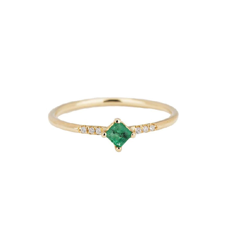 Emerald Point Equilibrium Ring
