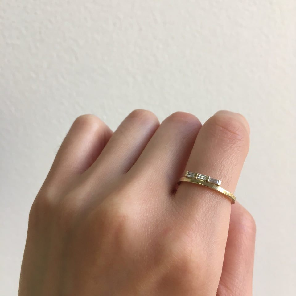 Baguette Float Ring