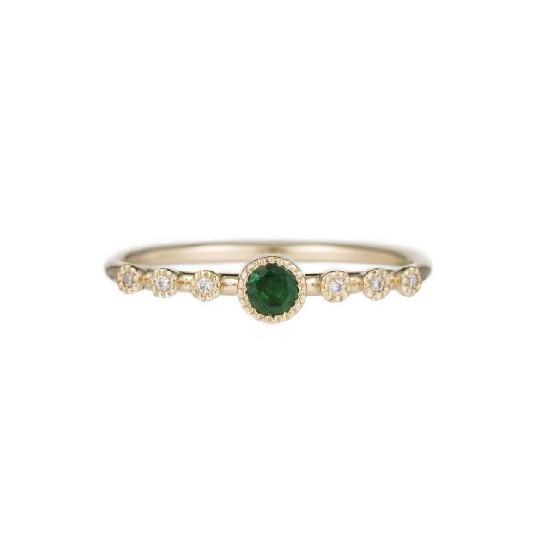 Round Emerald Dew Ring