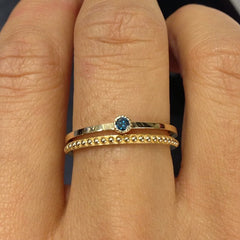 BLUE DIAMOND MINI SOLITAIRE RING