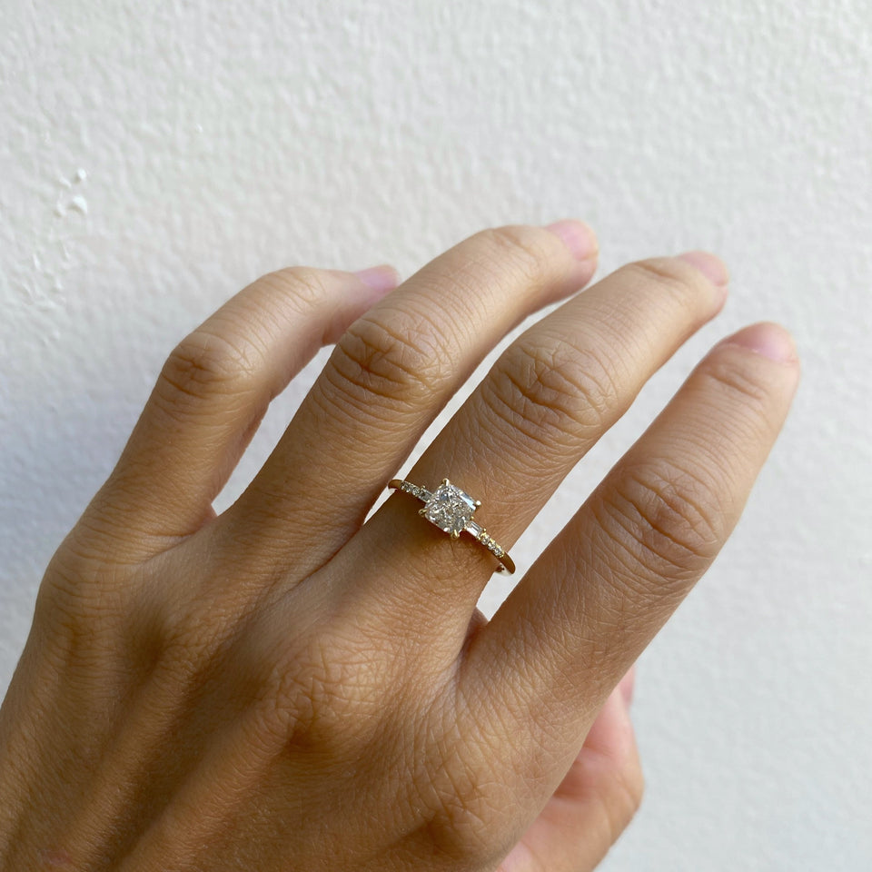 CUSHION CUT DIAMOND MELODY BAGUETTE EQUILIBRIUM RING