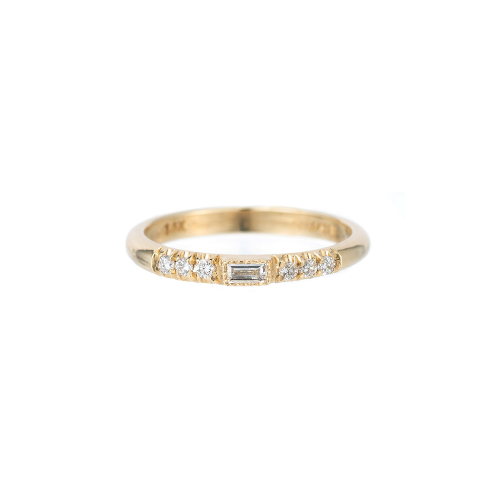 HALF ROUND DIAMOND BAGUETTE EQUILIBRIUM RING