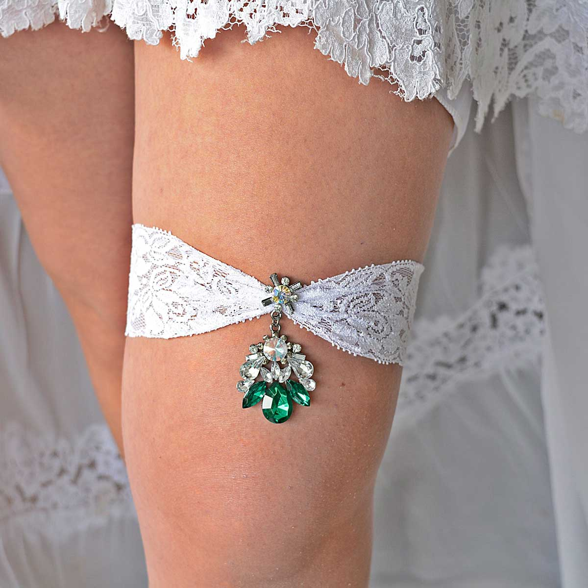 Big Green Rhinestone Bridal Garter Set With White Lace