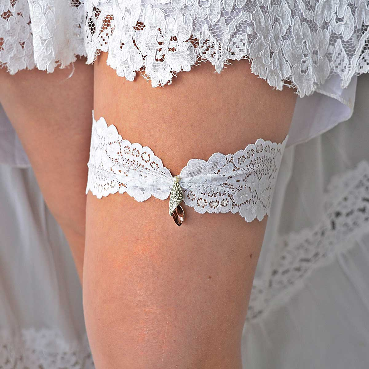 Burgundy Rhinestone Wedding Garter Belt With White Lace