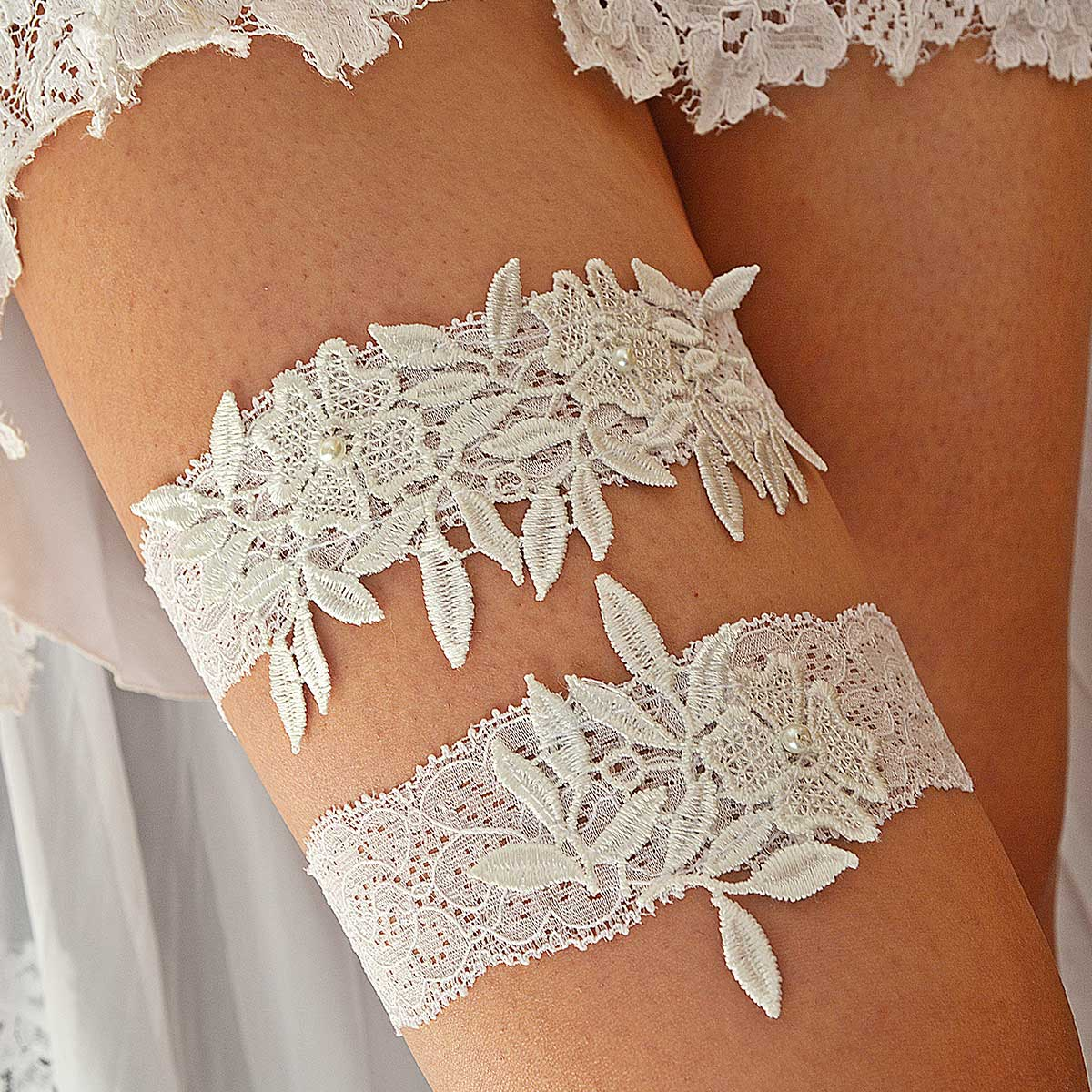 Handmade White Bridal Garter With Pearls & Flower Appliques