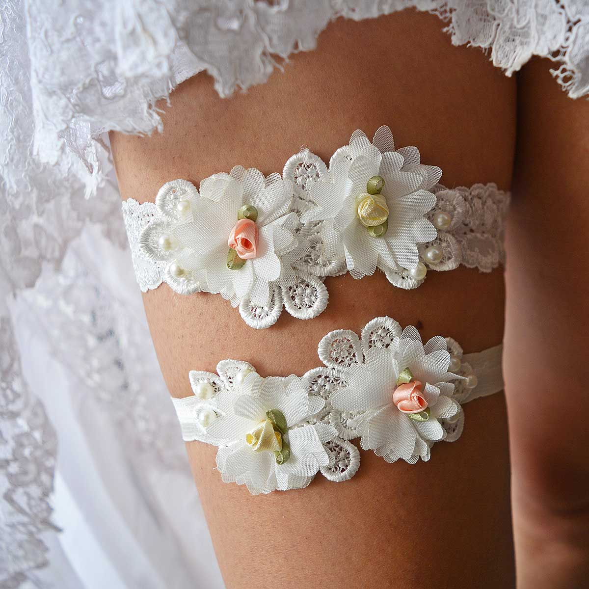 Off White Bridal Garter With Flowers Handmade - Wedding Garter - SuzannaM Designs