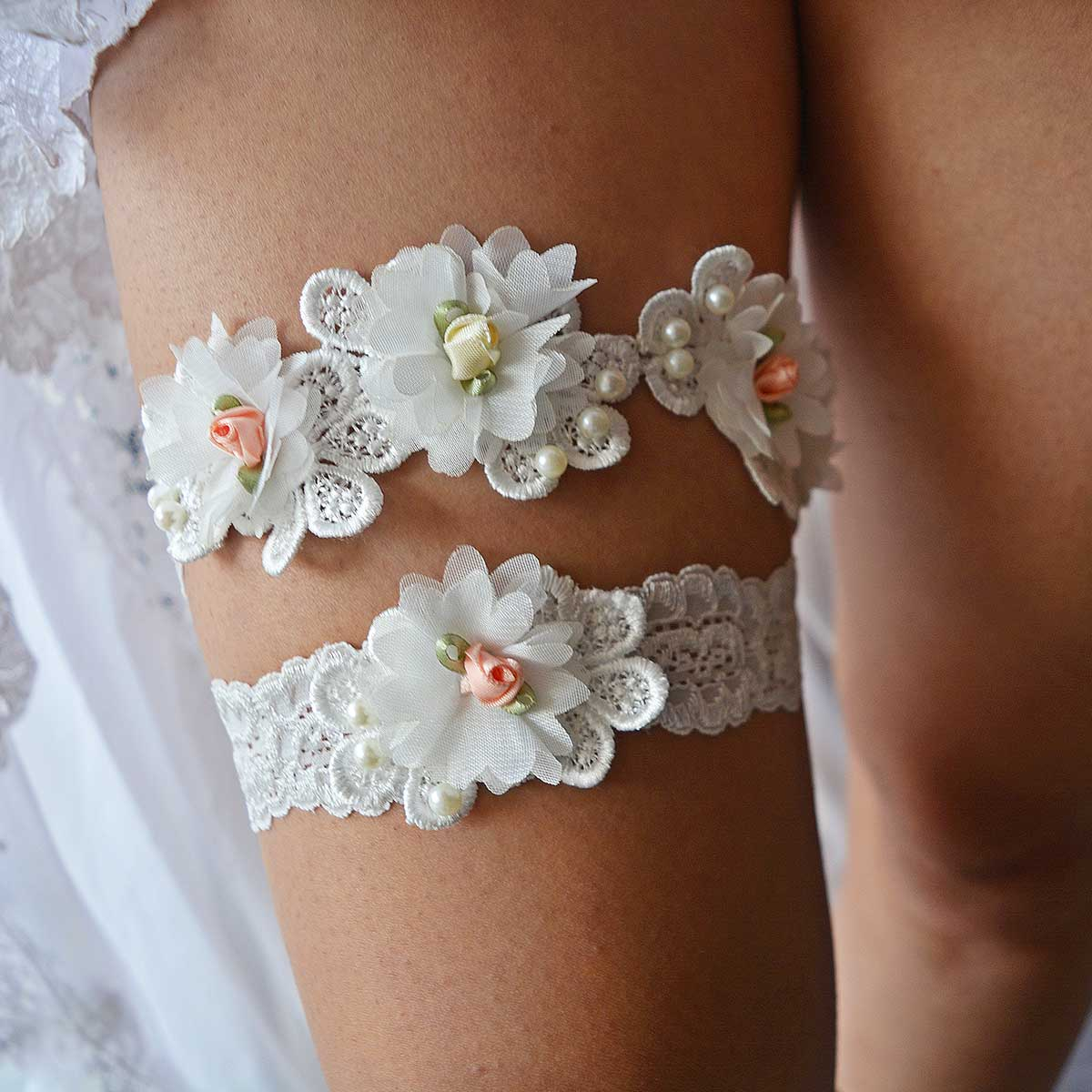 Off White Bridal Garter With Ivory Pearls & Flowers Handmade - Wedding Garter - SuzannaM Designs