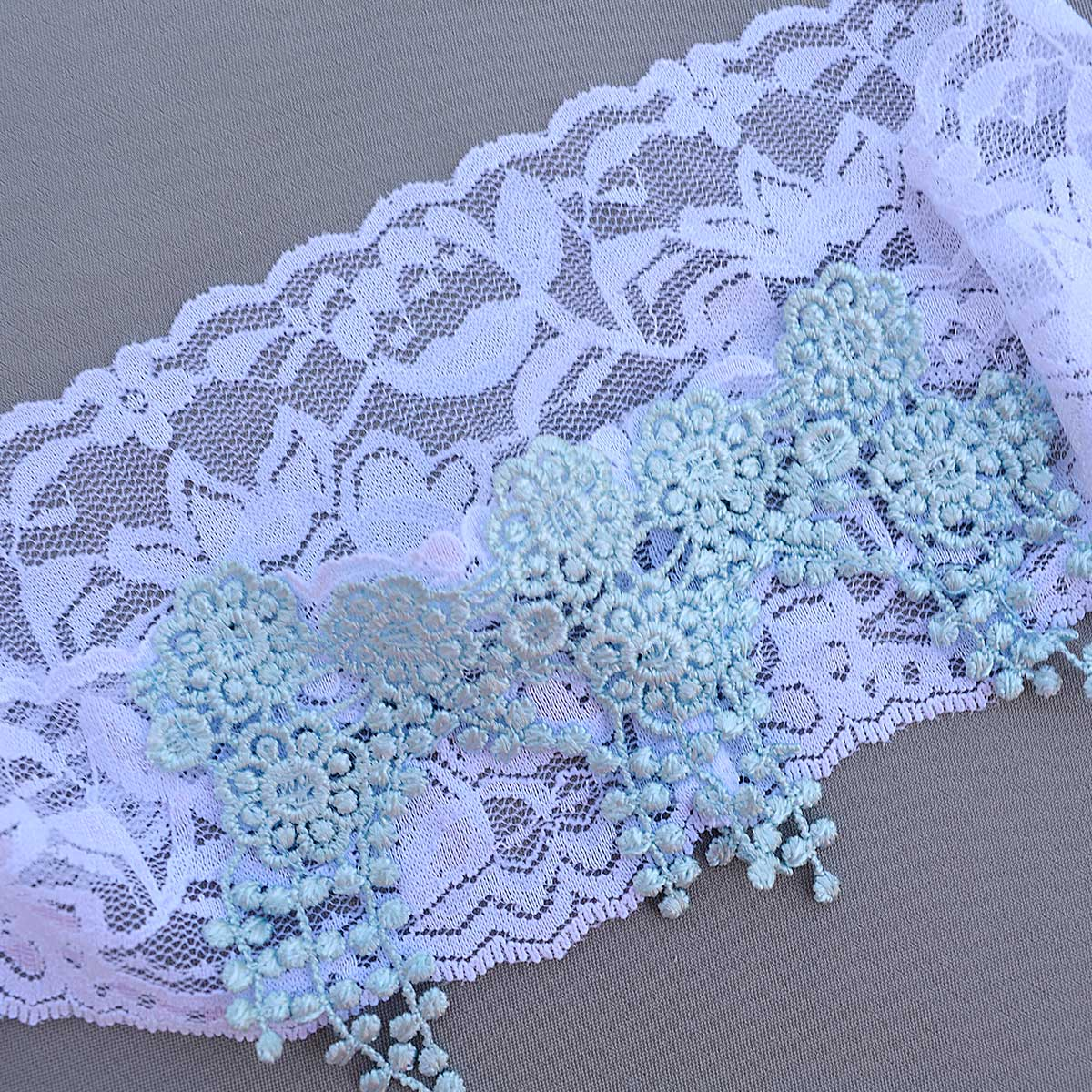 White Bridal Garter With Pearls & Aqua Blue Lace Applique - Wedding Garter - SuzannaM Designs