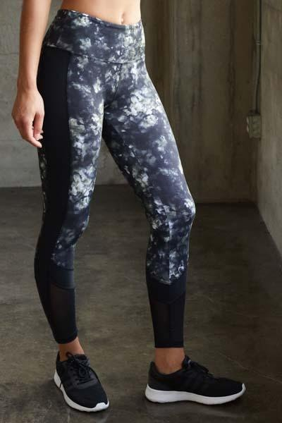 Vicki Ankle Legging