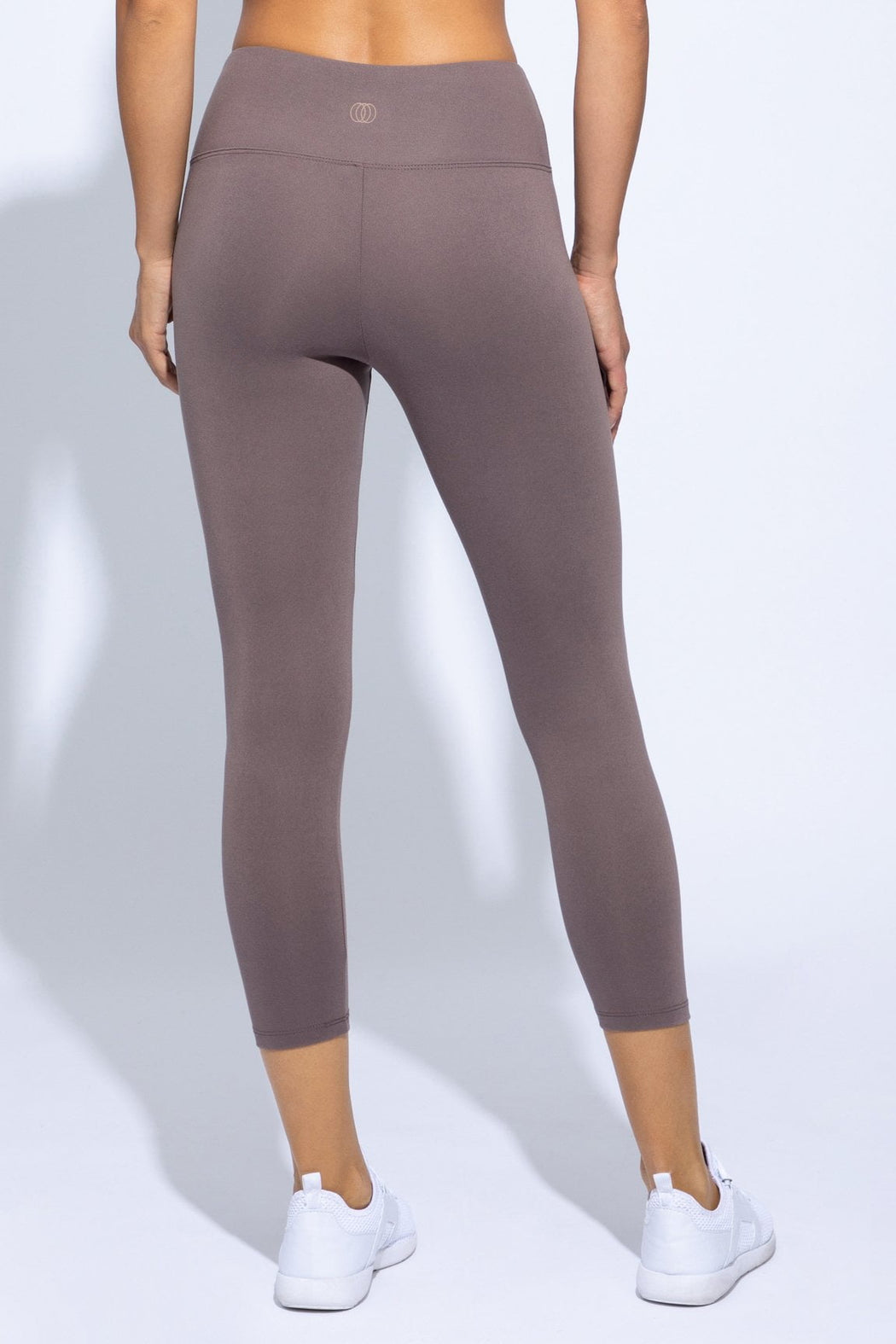 Solid High Waist Capri (coco)