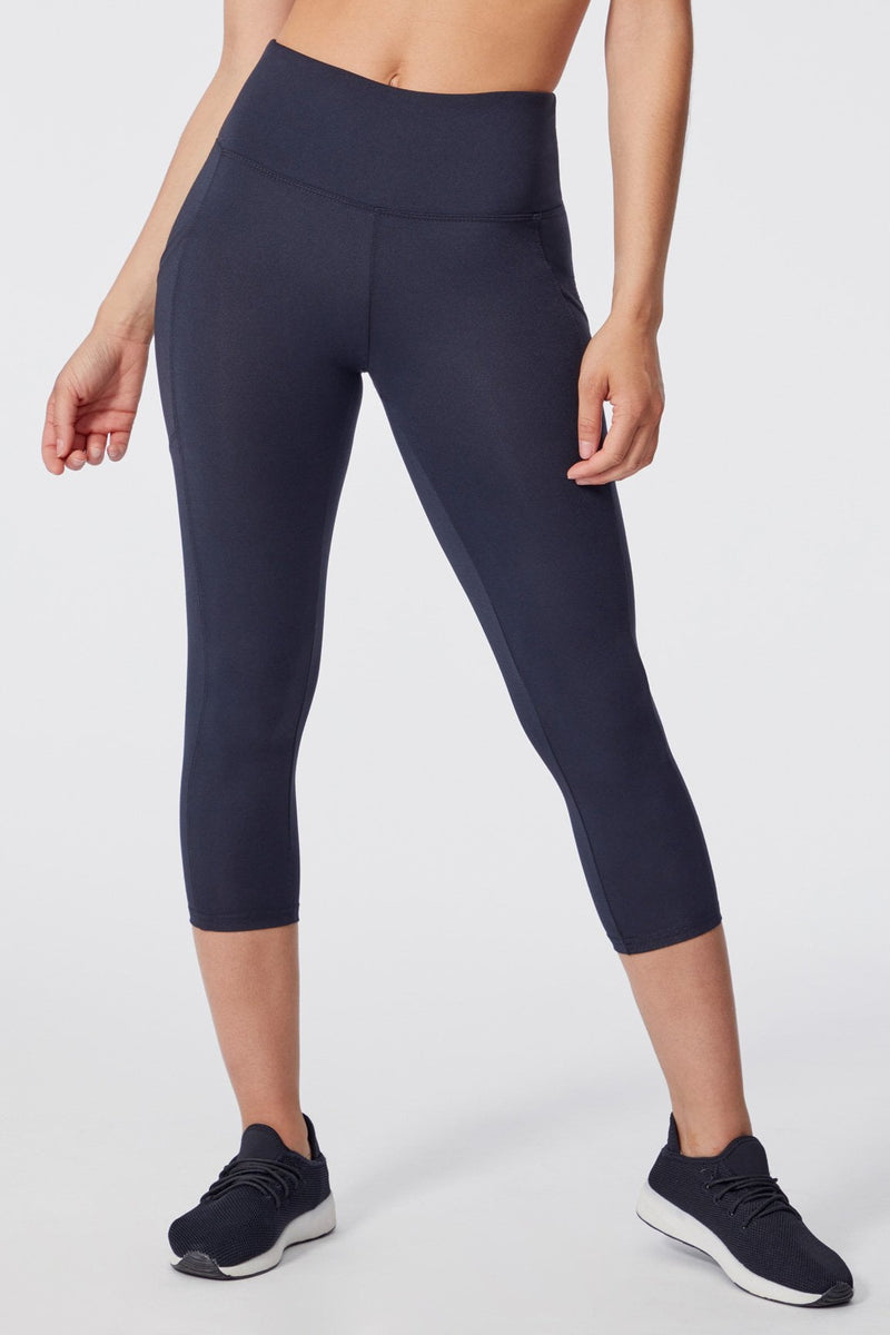 Eclipse High Waist Capri (black)