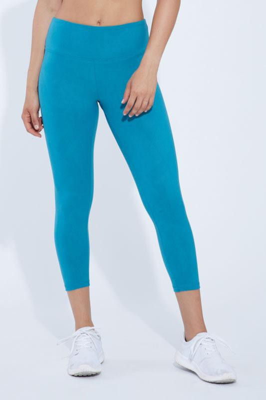 Embossed Mid Calf Capri (harbor blue texture)