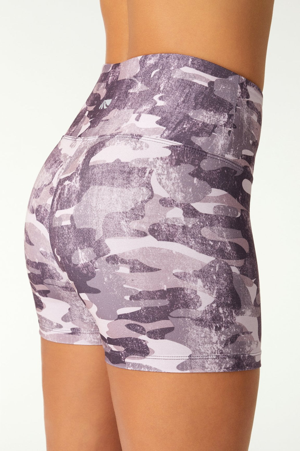 High Waist Camo Short (camo smoke wild plum)