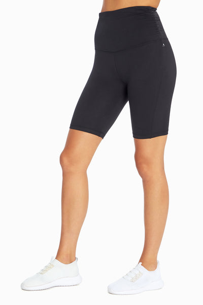 Quinn Bermuda Short (Black)