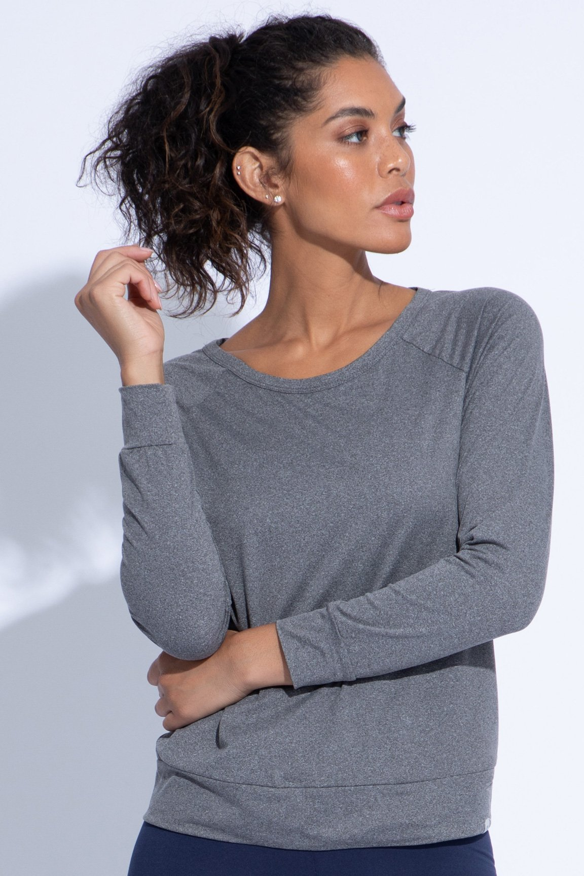 Lively Layering Top (heather black)
