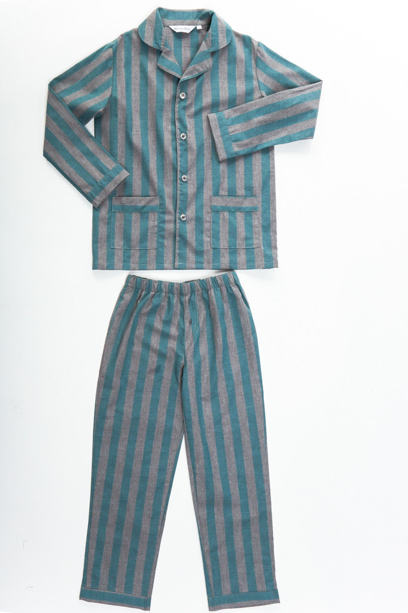 asses boy in the stripped pajamas The boy in the striped pyjamas: 2009: nominated: nspcc award [verification needed] young british performer of the year: 2011: won: las vegas film critics society.