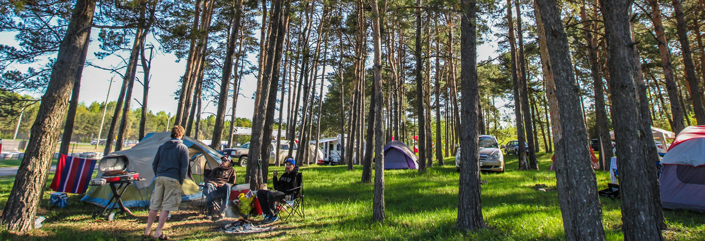 Camping – Canadian Tire Motorsport - Official Site