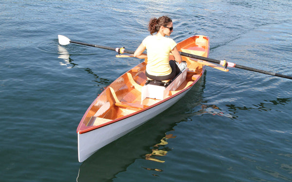Everything You Need to Know About Sculling Oars