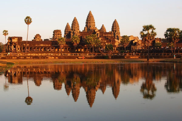 Angkor Wat agus teampaill caillte Cambodia