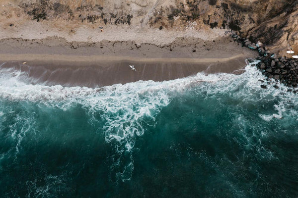 5 paradisiacal beaches in Spain perfect for surfing