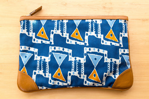 Women Accessories Bags Kitenge Clutch by DOKMAI on RONKOS