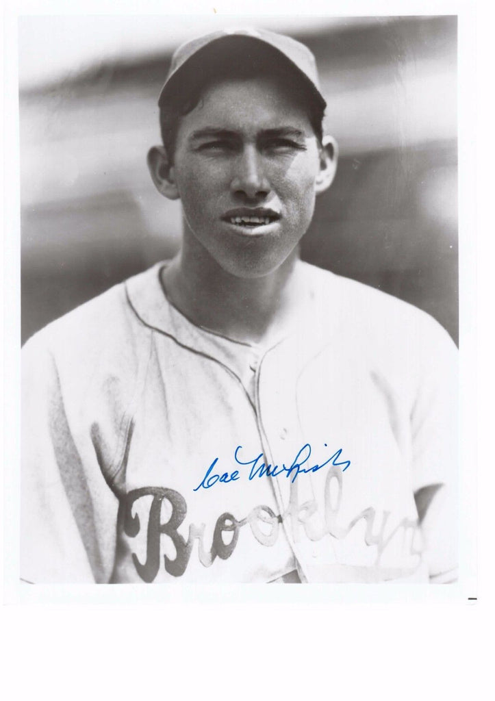 CAL MCLISH 8X10 B/W AUTOGRAPH PHOTO AUTO *BROOKLYN DODGERS - PITCHER* a