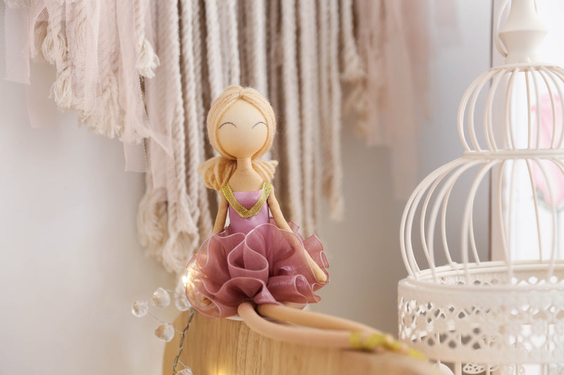 ballerina_doll_dustypink_pointe_boutique_childrens_decor_faith_laine