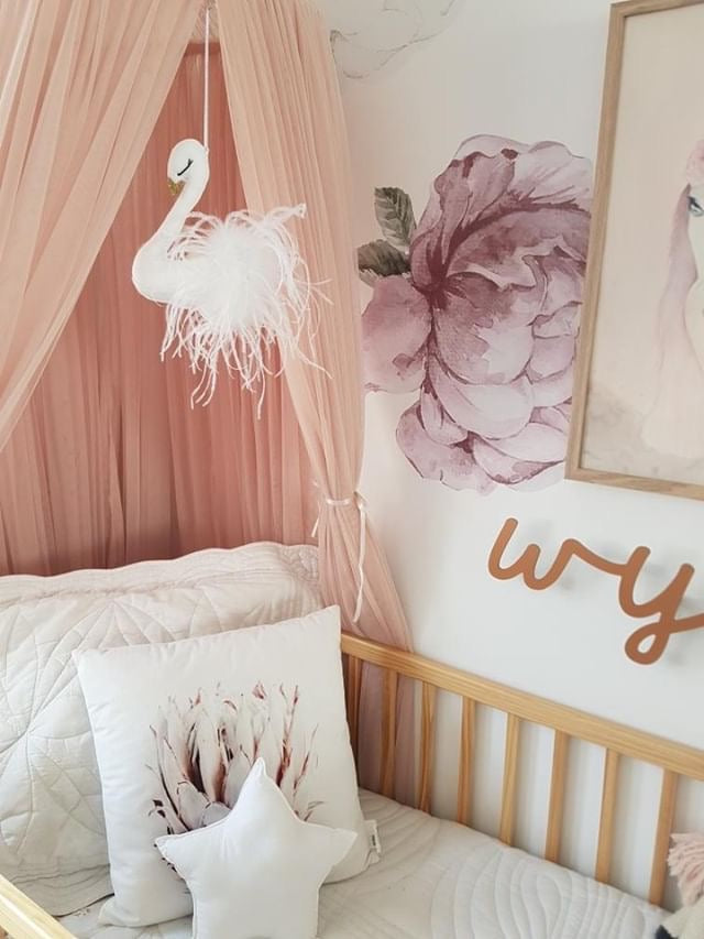 feathered-swan-baby-mobile-poppet-and-wildflower-nursery-decor-faith-laine